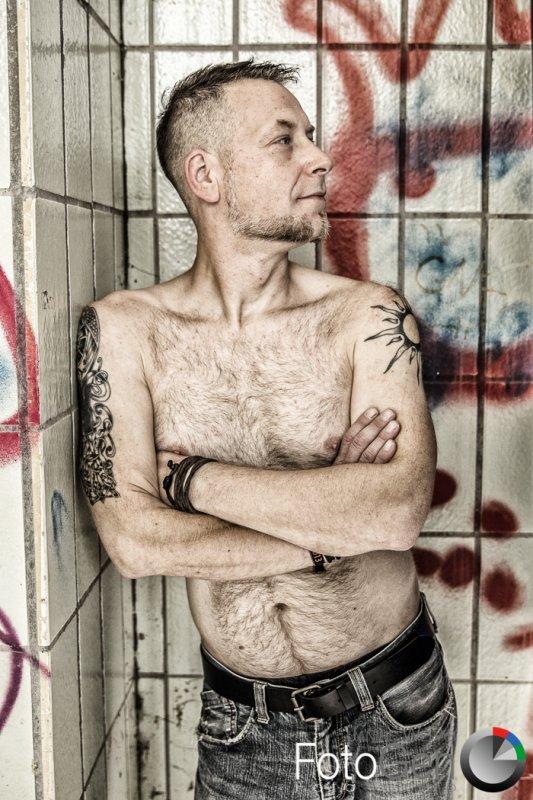 Outdoor Männerakt-Fotografie